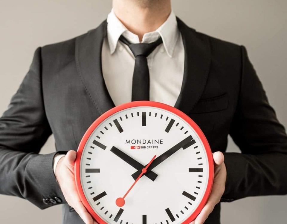 Mondaine horloges klokken juwelier den haag