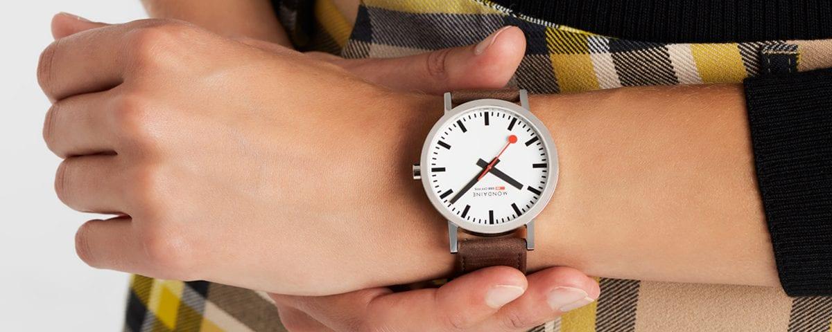 mondaine horloge juwelier den haag